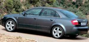 Audi A6 B6 седан