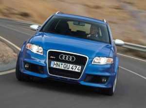 Универсал Audi RS4 B7