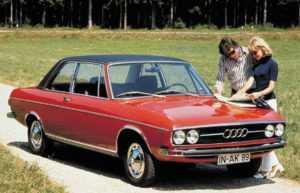 Седан Audi 100 C1 2 дв.