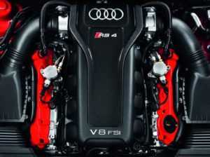 Двигатель Audi RS4 B8