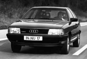 Седан Audi 100 C3