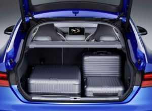 Лифтбек Ауди S5 Sportback 2 поколения