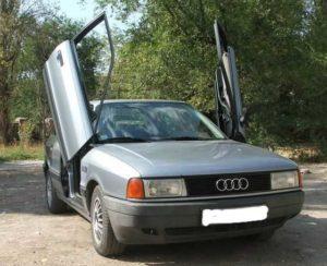 Двери в стиле «ламбо» на Audi 80 B3