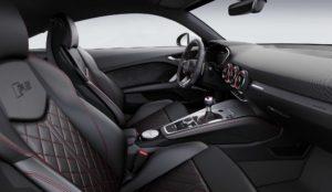 Интерьер Ауди TT RS 8S