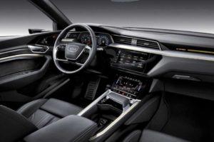 Интерьер Audi e-tron 2019