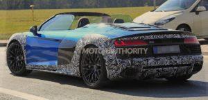 Фотошпионы подловили автомобиль Audi R8 Spyder