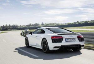 Появится ли после фейслифтинга Audi R8 модификация с задним приводом?