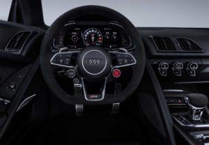 Интерьер Audi R8 2019