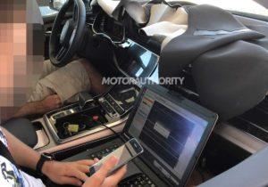 Изображения обновленного Audi Q7