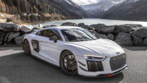 Auditography выложили снимки Audi R8 V10 Plus в Альпах